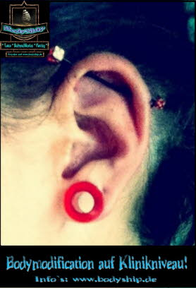 Charly Becker Industrial Tunnel Piercing Bodymod by Bodyship Halle - Sachsen Anhalt - www
